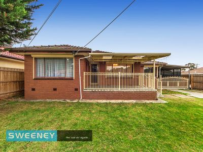 Renovated Family Home In Quiet Court Location
