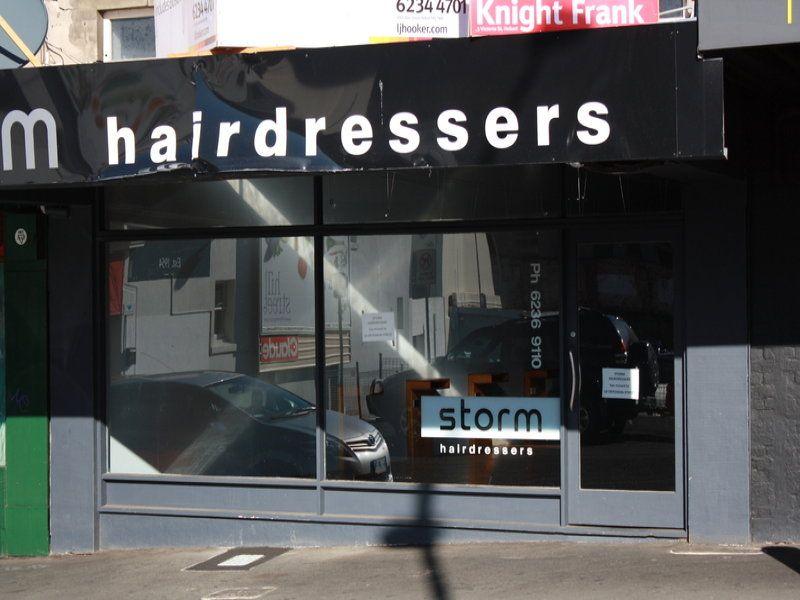 Well presented strip shop on Elizabeth Street