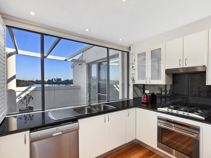 Unit 14/36 Hilly Street Mortlake 2137