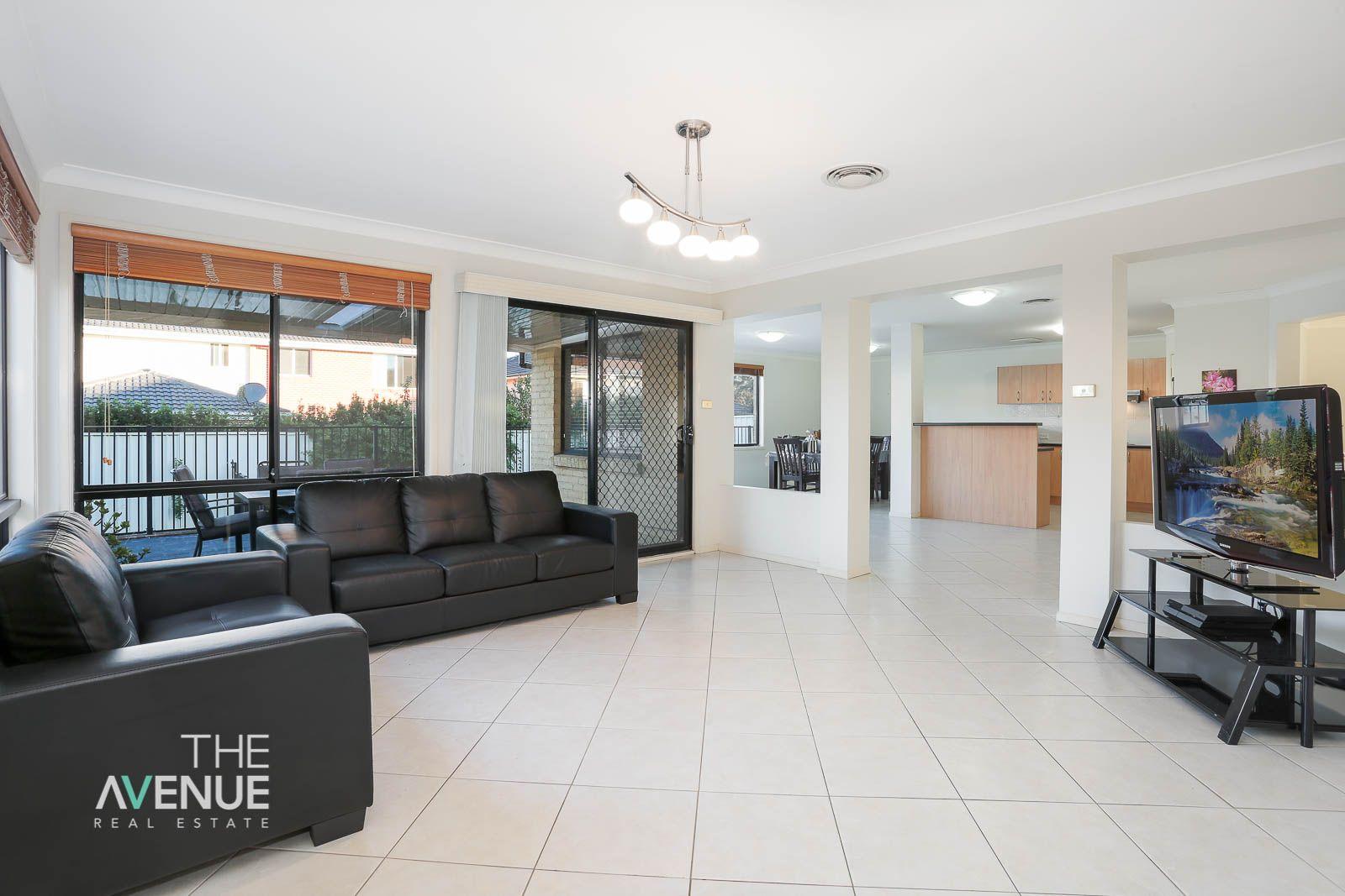 8 Wellington Avenue, Kellyville NSW 2155