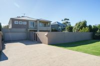 Exceptional family entertainer in peaceful beachside location