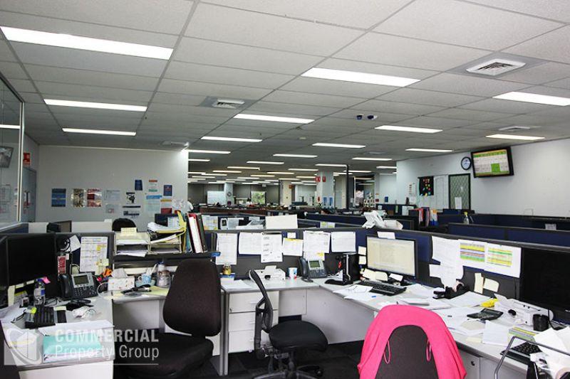PREMIUM OFFICE @ ECONOMICAL RENT - 792m²