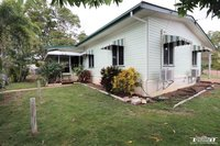 STURDY HOME ON A 1,447 M2 CORNER ALLOTMENT