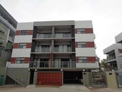 MA268: 1BR Apartment at Lamana Residences