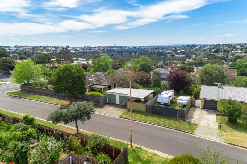 2 Marlyn Court Highton
