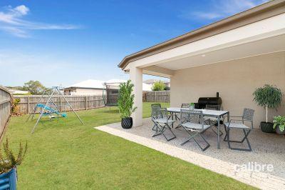 Gorgeous Family Home!  Massive 562sqm Corner Block! Potential Side-Access!
