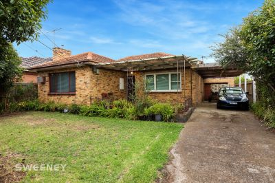 One Owner Home In Premier Locale