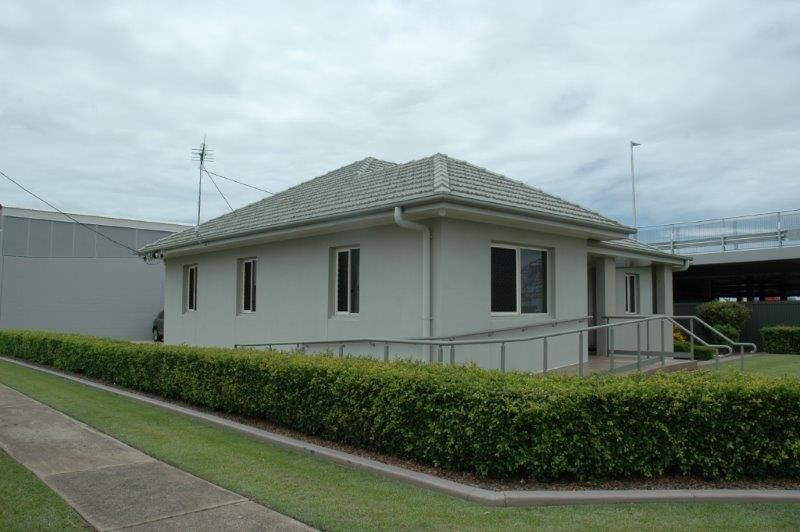 35 Electra Street - Professional Offices