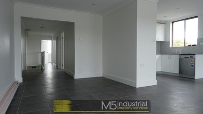 100m² Refurbished Office Space