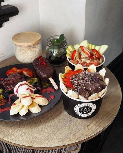 Join one of Australia's fastest growing Superfood Bars, Acai Brothers!