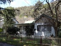 Over 3600m2 on Picturesque Delany Avenue