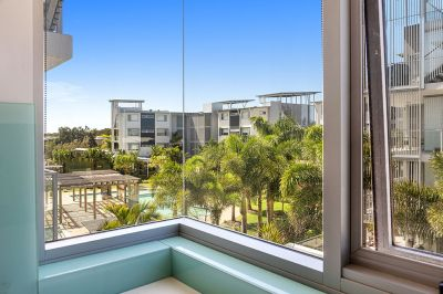 Spacious 3 Bedroom Unit with Views