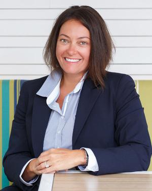 Julia Dunn Real Estate Agent