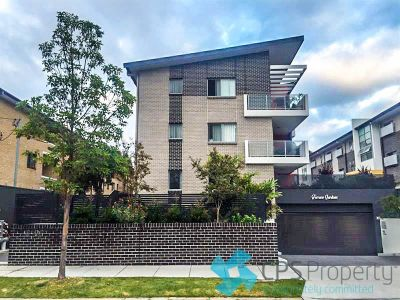 SLEEK TWO BEDROOM RESIDENCE IN 'TERRACE GARDENS'