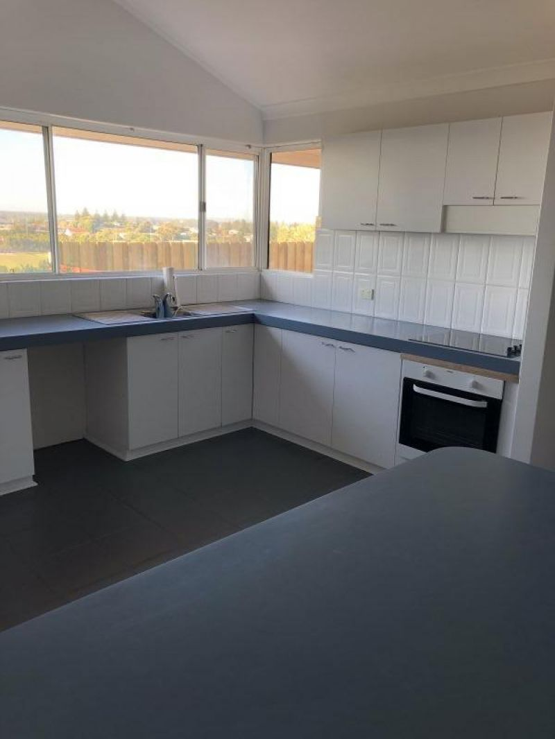 For Sale By Owner: 34 Hockey Place, West Beach, WA 6450