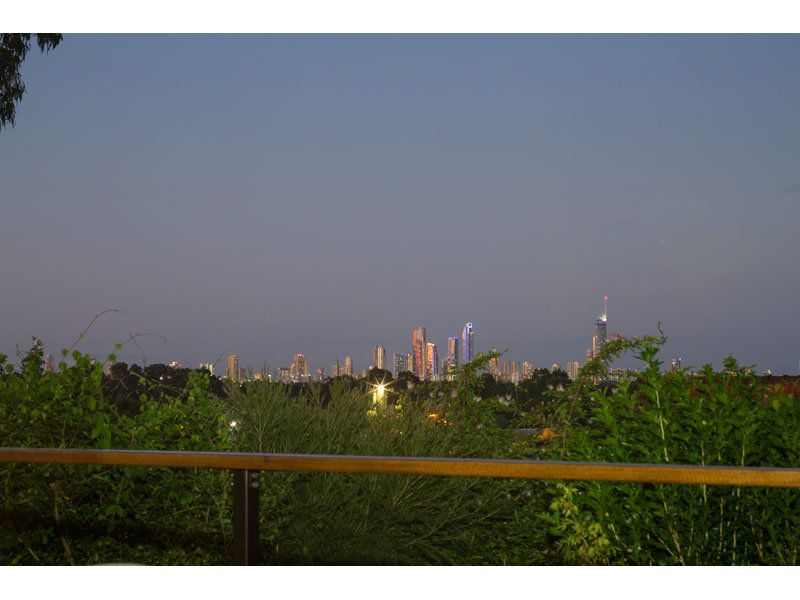 AWESOME CITY VIEWS ~ VALUE FOR MONEY ~SIDE ACCESS ~ ROOM FOR LARGE SHED..!!