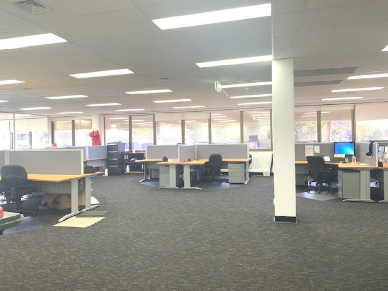 PERFECTLY POSITIONED CBD OFFICE SPACE!!