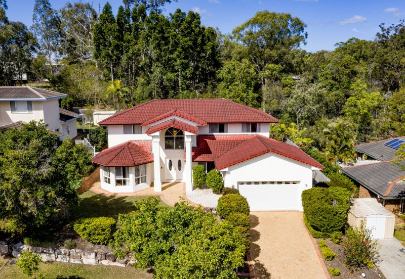 For Sale By Owner: 9 Angelico Place, Mackenzie, QLD 4156