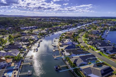 Motivated Seller -  20m+ Waterfrontage - Private Viewings Available