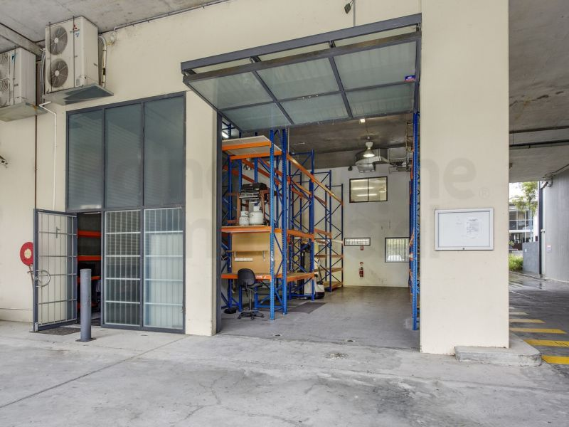 Modern High Clearance Warehouse/Office Space