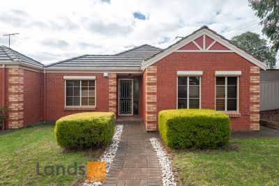 Beautiful Villa Style Home With Three Bedrooms
