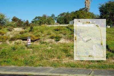 Corner of Colback – Walk to the Beach!