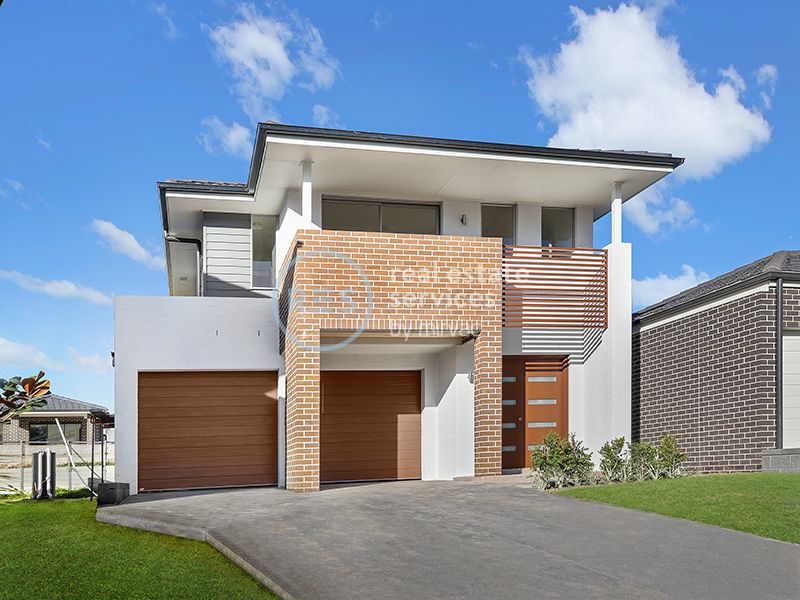 Brand New 4-Bedroom Family Home in The Avenue by Mirvac