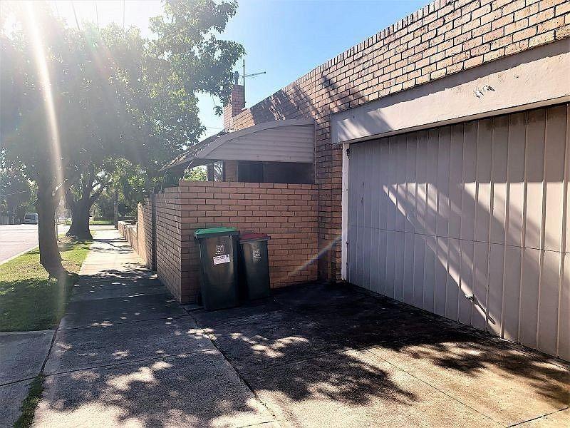 186 Jasper Road, Bentleigh
