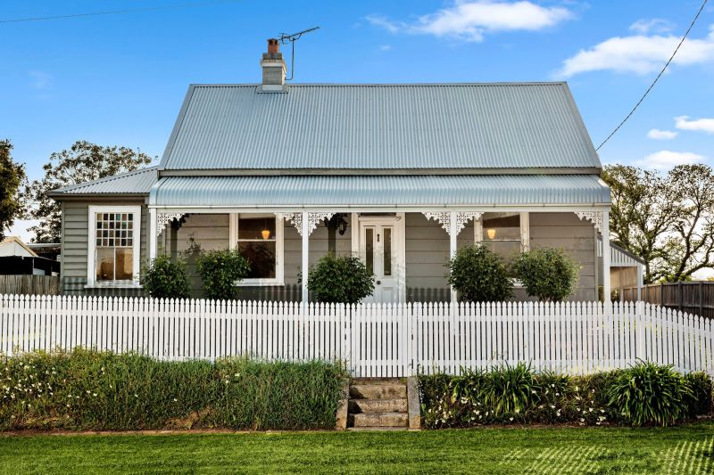 Classic Australian Weatherboard Cottage