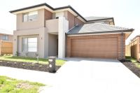 FIRST CLASS TENANT WANTED! This Double Storey Five Bedroom and Three Bathroom Home is Waiting for You!