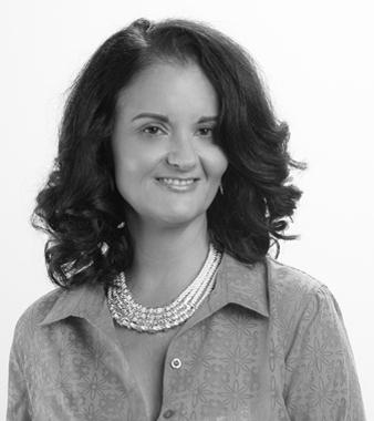 Laura Castelli Real Estate Agent