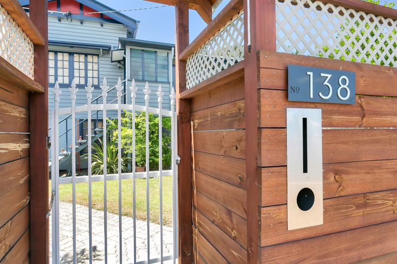 Fully Renovated Queenslander to Work, Live and Invest!