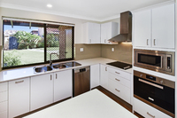 Beautifully renovated two bedroom villa boasting new kitchen, bathroom, flooring and more. Move straight in and enjoy!