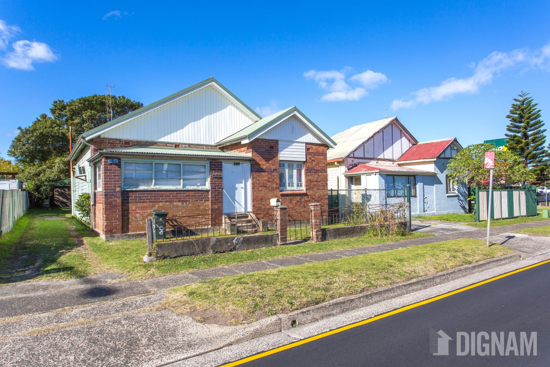 206 Princes Highway, Fairy Meadow NSW