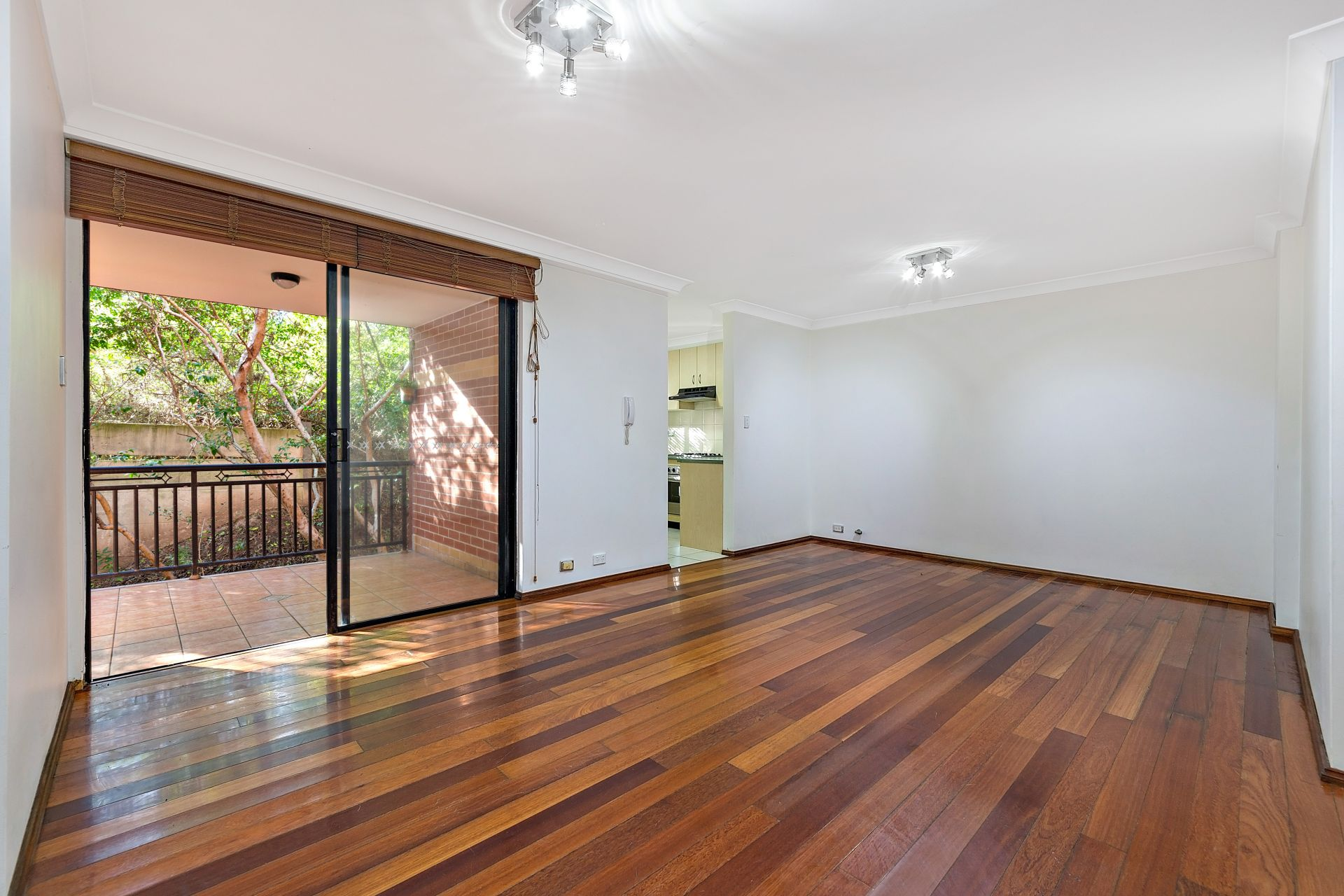50/3 Williams Parade, Dulwich Hill