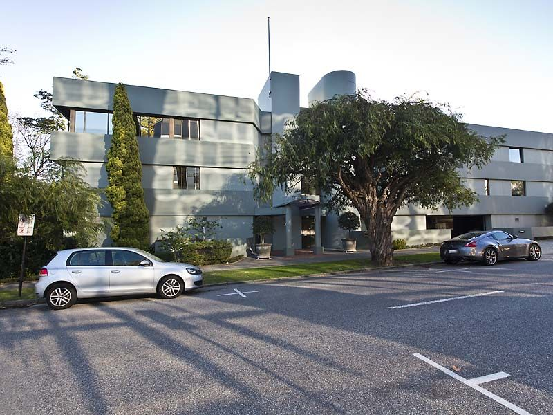OFFICE FOR SALE IN WEST PERTH