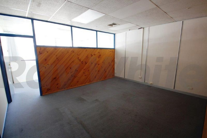 Great Affordable Office Space in Surfers Paradise