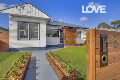Blue Ribbon Position, Stunning Home - Offers Over $625 per week