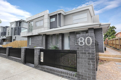 Luxury 3-Bed Townhouse in Perfect Location