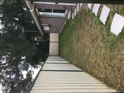 6 months old two-bedroom brick granny flat for lease in Claremont Meadows