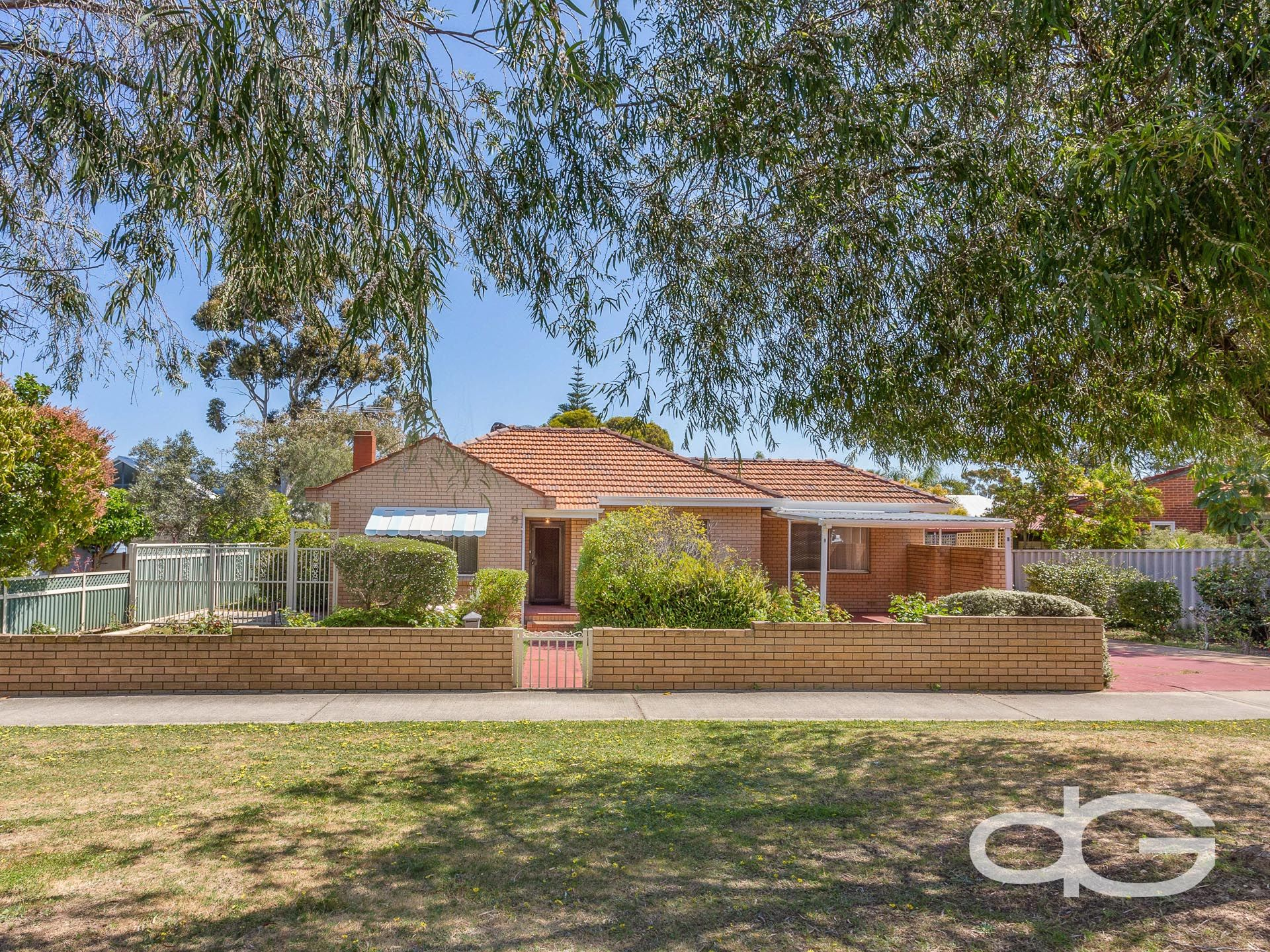 9 Minilya Avenue, White Gum Valley