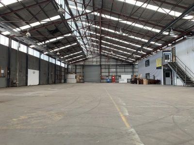 BE A PART OF SPOTSWOOD'S INDUSTRIAL PRECINCT