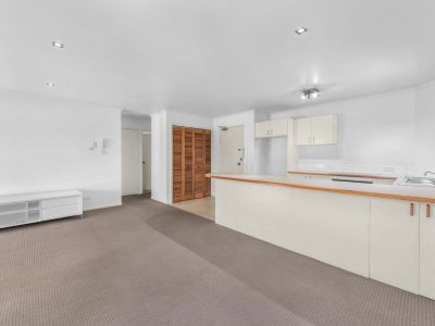 Neat and tidy unit in a great location.. You do not want to miss this!