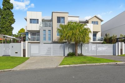 CONTRACT COLLAPSED - MAGNIFICENT DUPLEX PAIR IN EXCELLENT LOCATION