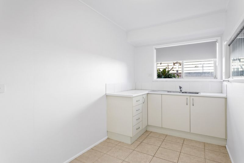 WATERFRONT - DUAL LIVING -  REFURBISHED FAMILY HOME - THIS WON'T LAST LONG