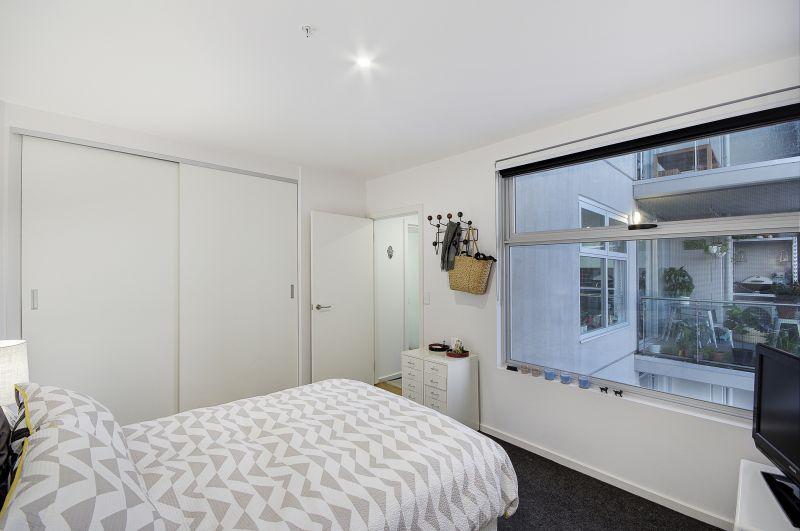 501/8 Gheringhap Street Geelong