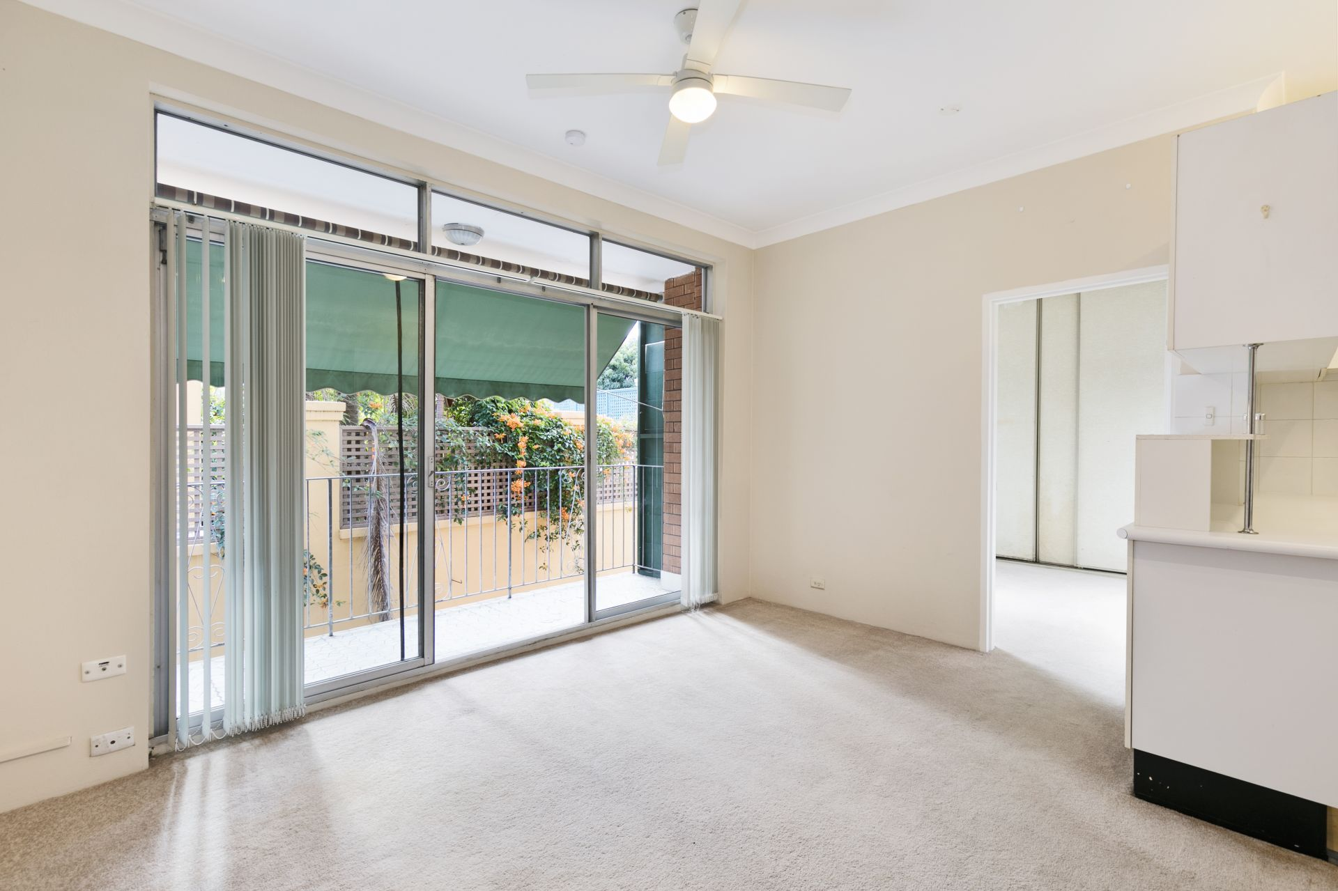 1/1 Charles Street, Forest Lodge