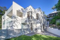 LUXURIOUS DUPLEX/ HOUSE IN A QUIET LEAFY STREET