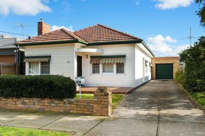THREE BEDROOM FAMILY HOME IN GREAT LOCATION