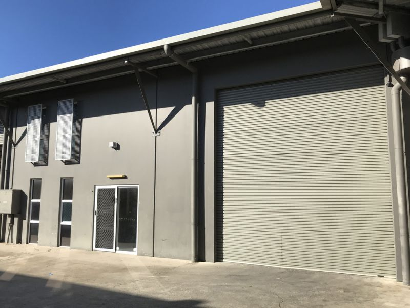 Modern Secure Warehouse - Find Another One Like This!!